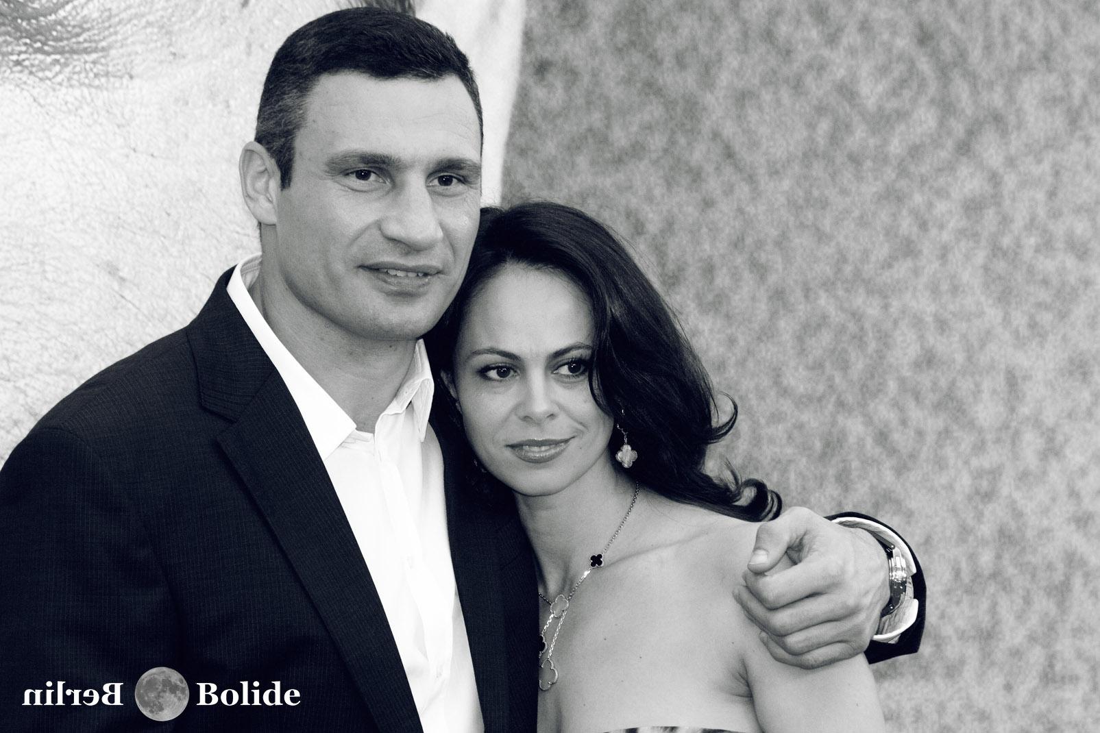 С женой брата 10 фотография